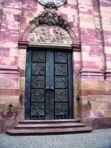 Werke von Ernst Alt: Portal der Basilika St. Johann (Saarbrücken)